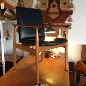 parker teak and black carver chair